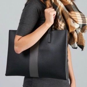VINCE CAMUTO Pebbled Vegan Leather Luck Tote Black
